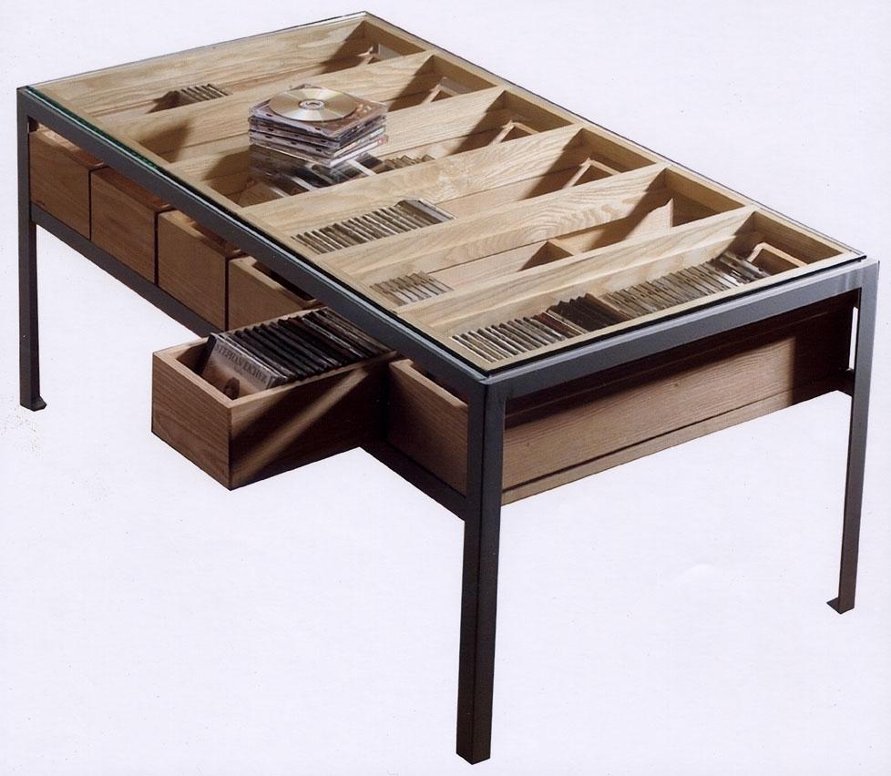 http://www.atelierhamot.fr/W1/wp-content/uploads/2011/01/cd-table-metal.jpg