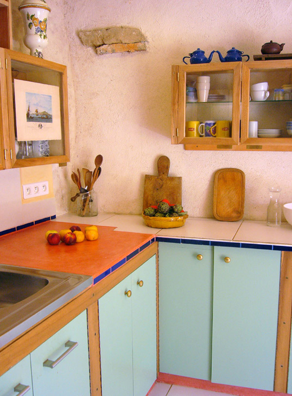http://www.atelierhamot.fr/W1/wp-content/uploads/2011/02/cuisine-angle.jpg