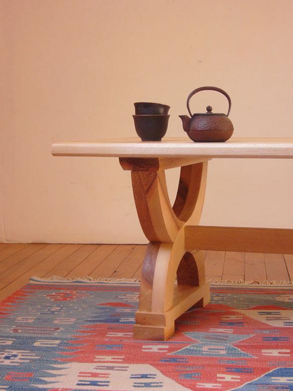 http://www.atelierhamot.fr/W1/wp-content/uploads/2011/02/table-basse-frêne-1.jpg