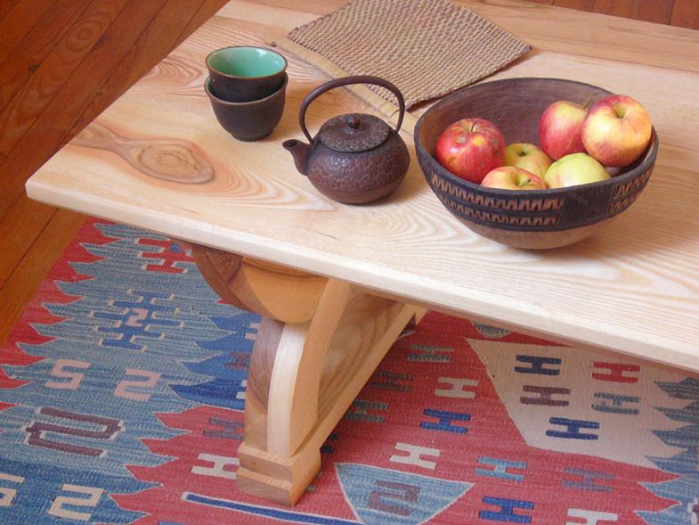 http://www.atelierhamot.fr/W1/wp-content/uploads/2011/02/table-basse-frêne-2.jpg