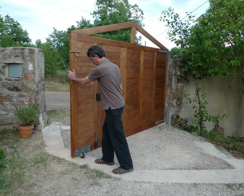 http://www.atelierhamot.fr/W1/wp-content/uploads/2011/06/portail-30.jpg