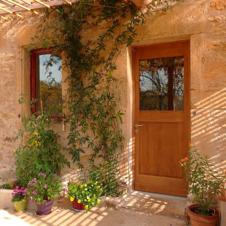 http://www.atelierhamot.fr/W1/wp-content/uploads/2012/01/porte-dentrée.jpg