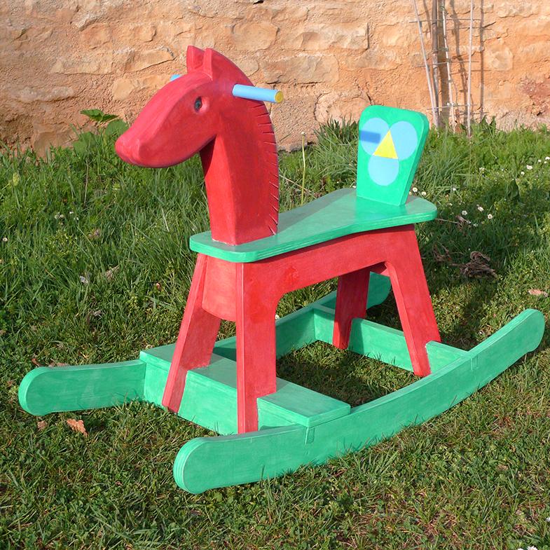 http://www.atelierhamot.fr/W1/wp-content/uploads/2012/08/cheval-bascule-1.jpg