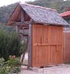 portail sous un porche