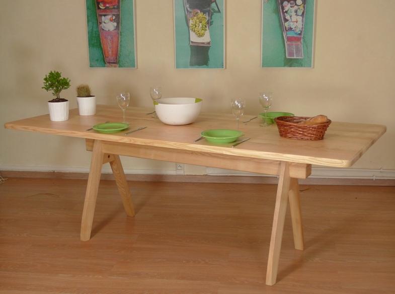 http://www.atelierhamot.fr/W1/wp-content/uploads/2013/01/table-frêne.jpg